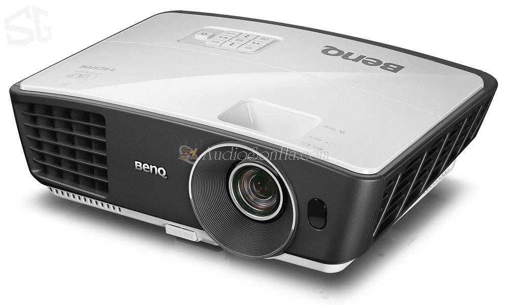 BenQ W750 Projecter