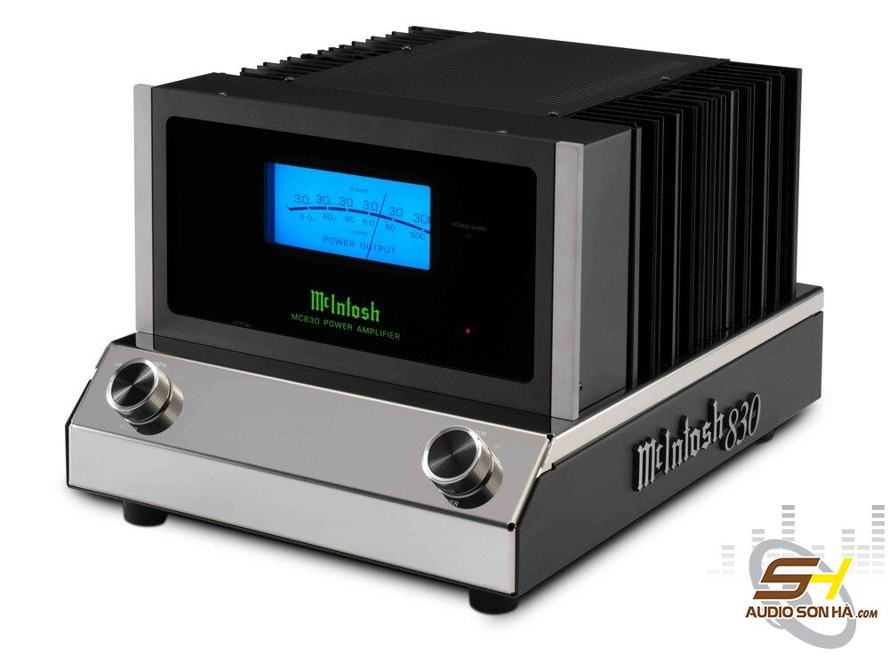 McIntosh MC830 Amplifier